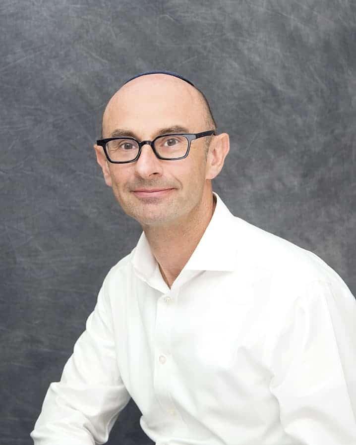 Selwyn Lustman heads up LGM Pharma's four member API Sourcing & Procurement team.